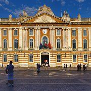 Toulouse_Place_du_Capitole